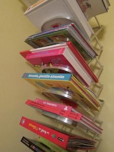 folding bookshelf